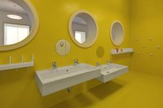 Nursery toilet cubicle designed for children with exclusive door