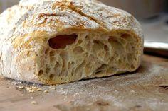 Jag snubblade över det här recept en kväll förra veckan när jag surfade runt på webben dedikerad att hitta ett nytt recept för kalljäst bröd