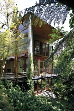 Jungle House, Forest House, Dream House Interior, Dream Home Design, Tropical House Design, Tropical Beach Houses, House In Nature, Home And Deco, House And Home Magazine