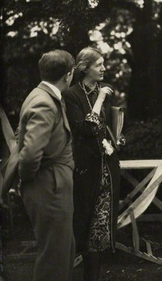 Sir Maurice Bowra and Virginia Woolf photographed by Lady Ottoline Morrell during a cigarette break in Virginia Woolf, Duncan Grant, Vanessa Bell, Anita Berber, Lady Ottoline, Bloomsbury Group, Washington Square Park, Writers And Poets, Books