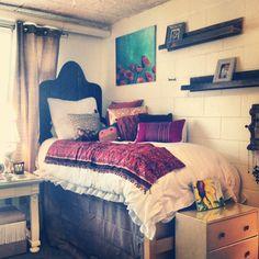 Dorm Design, Dorm Life, College Life, Ideas Geniales, College Dorm Rooms, My New Room, Dorm Decorations, Apartment Living, Room Decor