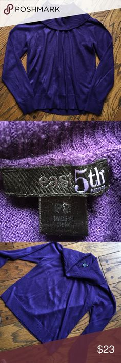 East 5th Cowl Turtle Neck •Color is purple  •100% acrylic   •Very Soft and luxurious feel   •size large Petite  •Very nice sweater, great condition 💕😊 East 5th Sweaters Cowl & Turtlenecks