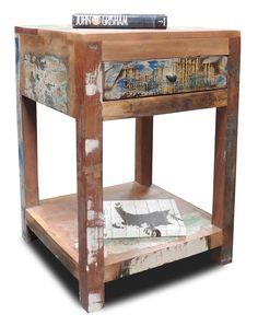 Sengebord i Genbrugstræ | Shabby Chic Sengebord !