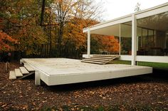 Galeria de Clássicos da Arquitetura: Casa Farnsworth / Mies van der Rohe - 8