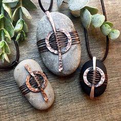 Wire Crafts, Jewelry Crafts, Jewelry Art, Handmade Jewelry, Jewellery, Jewelry Ideas, Rock Jewelry, Copper Jewelry, Stone Jewelry