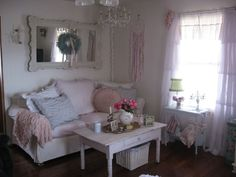 Shabby Cats and Roses Shabby Cottage, Shabby Chic Homes, Shabby Chic Style, Cottage Chic, Pink Bedroom Decor, Bedroom Inspo, Princess Room, Angel Princess, Cottage Living Rooms