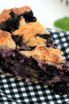 A lattice crust adds the finishing touch to this creamy, fruity summertime pie showcasing fresh blueberries combined with whipped cream and tangy goat cheese. Tart Recipes, Dessert Recipes, Desserts, Blueberry Goat Cheese, Lattice Pie Crust, Weightwatchers Recipes, Fruit Pie, Chocolate Pies, Best Fruits