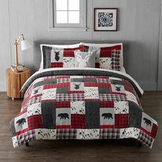 Give your bed a fresh look and stylish update, thanks to this patchwork duvet cover set from Cuddl Duds. Red Bedding, Luxury Bedding, Flannel Duvet Cover, Red Lodge, Log Cabin Homes, Patchwork Designs, Duvet Cover Sets, Pillow Covers, Comforter Sets