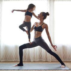Partner Yoga | Acro Yoga | Yoga Pose | Yoga Inspiration | Yogi Goals #YoYoYoga-PosesandRoutines