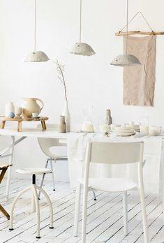 lamps made of clay | lampen van klei | Styling liza wassenaar, leonie mooren | Photography ernie enkelaar | vtwonen 04-2016