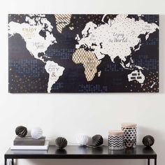 Toile carte du monde SHINY WORLD | Maisons du Monde