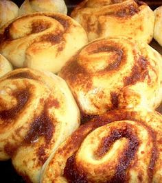 Cinnamon Rolls 195 Calories & 2.5 gm fat.... uses applesauce & honey. Must Try!