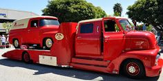 The panel truck on the back is fantastic, great compliment to the hauler.              http://justacarguy.blogspot.com/2010/03/king-cab-195...