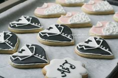 Adorable wedding sugar cookies. Granted flooding cookies may be timely, (esp. 250 of them!) however they provide a totally affordable, personalised & chic wedding favour option. Just add some clear cellophane gift bags and home-made gift-tags and you're good to go!