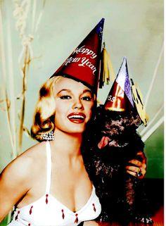 0 Mamie Van Doren and black dog - New Year 1955