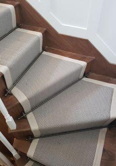 Home Depot Carpet Runners Vinyl Grey Stair Carpet, Patterned Stair Carpet, Carpet Staircase, Staircase Runner, House Staircase, Beige Carpet, Staircase Design, Wool Carpet, Modern Staircase