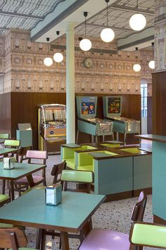 Wes Anderson has designed a bar. It's called Bar Luce, it's in Milan, and it's like an Anderson film set rendered in real life, Wes Anderson, Bar Restaurant, Restaurant Design, Modern Restaurant, Cafe Bar, Bar Luce, Fondation Prada, Home Staging, Deco Cafe