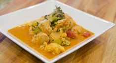 Paleo Chicken Curry with Broccoli and Cauliflower - Italian Recipes | Paleo Recipes | Cindy's Table | Cindy Barbieri Anschutz