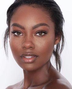 Beautiful Dark Skinned Women, Beautiful Black Women, Pretty Black Girls, Beauty Skin, Beauty Makeup, Hair Makeup, Face Beauty, Makeup Eyes, Black Girl Makeup