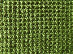 Wat is Tunisch haken? Het lijkt op breien - Breiclub.nl Love Crochet, Crochet Hooks, Tunisian Crochet Stitches, Crochet Videos, Crochet Designs, Tapestry, Crafty, Knitting, Pattern