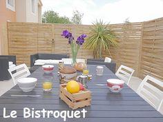 Terrasse privative donnant sur un jardin de 3000m²