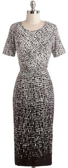 pretty faded #black dress http://rstyle.me/n/kj3k2r9te