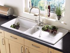 Additional image for Jersey 1.5 bowl sit-in ceramic kitchen sink with right hand drainer.