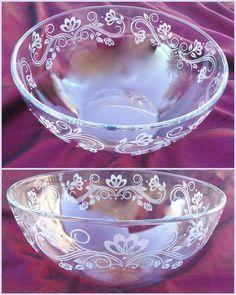 Nagyméretű üveg tál kézzel gravírozva Crystals
