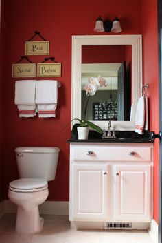 Bathroom Red freshen-up the powder room | powder, towels and vanities