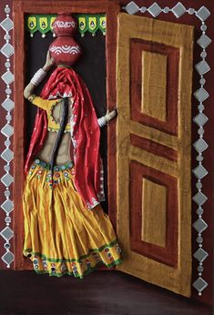 "Rajasthan Village Life :- Saved by JAYANT DESHPANDE in "" PAINTING"" Clay Wall Art, Mural Wall Art, Mural Painting, Murals, Clay Art Projects, Clay Crafts, Pottery Painting, Ceramic Painting, Rajasthani Art"