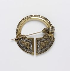 Brooch |  | V&A Search the Collections