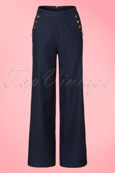 This40s Samantha Trousers is everything you need! Denim is inarguably an all year classic, but when it comes to summer styling, you've got to switch it up. Add some necessary chic to your denim collection with these feminine, fierce, 40s inspired trousers! The wide legs form a beautiful contrast with the high waist and is very flattering, also with fuller hips/bottom. Made from sturdy, denim blue cotton with a light stretch for a lovely fit. Samantha gives you a classic lo...