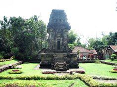 Candi Kidal adalah salah satu peninggan kerajaan singashari, candi ini sebagai bentuk penghormatan atas jasa Anusapati yang memerintah selama 20 tahun