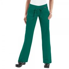 Koi Morgan Scrub Trousers in Hunter. If you like your comfort, then these koi Morgan Scrub Pants are perfect. They are ultra soft and super comfy. They have a drawstring waist and a rib-trim waist band that can be worn rolled or unrolled for added comfort. When you wear the koi Morgan Scrub Trousers, it really does feel like you are wearing tracksuit bottoms but with total style. £27.50  #nursescrubs #dentistuniform #nurses #dentists #greenscrubs