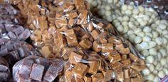 Pacotinhos de doce no Restaurante Panela de Pedra, na Serra do Cipó, município de Santana do Riacho, MG.