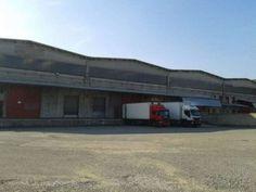 capannone industriale per uso logistica di 1500mq