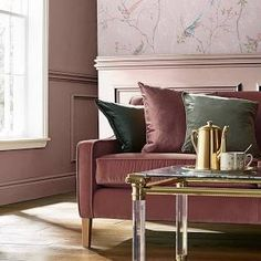 dulux paint colours for living room - Google Search Dulux Paint Colours Living Room, Paint Colors For Living Room, Interior Design Paint, Rose Gold Metallic Paint, Gold Living Room, Metallic Paint Walls, Rose Gold Wall Paint, Interior Design Family Room, Rose Gold Painting
