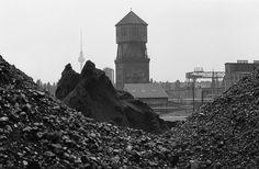 Kohlelager im Gaswerk Dimitroffstraße/Ecke Greifswalder Straße, 1980