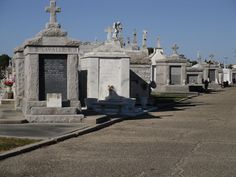 The amazing New Orleans cemeteries