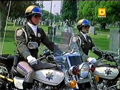 made by admins Toney Larry Wilcox, Chips Series, Police Lives Matter, California Highway Patrol, Cop Show, 70s Tv Shows, Fallout 3, Men In Uniform, Cops
