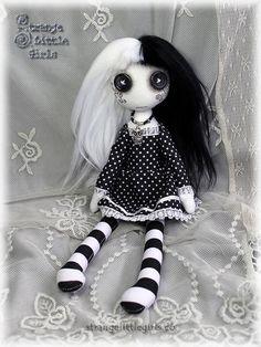 Button-eyed Gothic cloth art doll in Black & white - Eva Polaris by Strange Little Girls #GothicDolls #ButtonEyedDolls #Artdolls