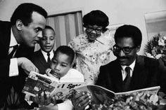 Bill Cosby w/ Dr. Kings children