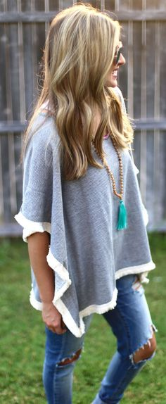 Keep things simple and cozy with a great poncho! Pair one with your favorite denim and a tassel necklace for a boho chic vibe!
