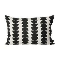 Ferm Living Kissen Black Semicircle 60cm x 40cm #artvoll #Colors #Black #Schwarz #AllesIn www.artvoll.de
