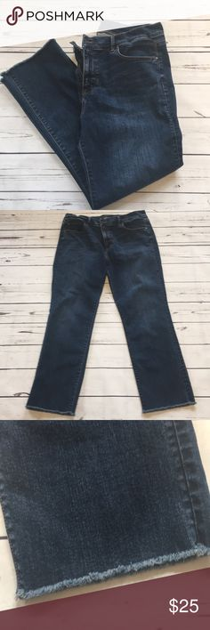 Ann Taylor slim Crop Jean size 10 Ann Taylor slim Crop Jean size 10. In excellent used condition. Worn a few times. They jeans have a fringed hem (see picture). Waist is 35 inches, rise is 10 1/2 inches and inseam is 26 inches. Ann Taylor Jeans Ankle & Cropped
