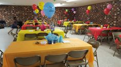 Mickey & Minnie Mouse Birthday Party---Tables set up Mickey Mouse Birthday Theme, Mickey Minnie Mouse, Birthday Party Tables, Table Settings, Decor, Decoration, Place Settings, Decorating, Tablescapes