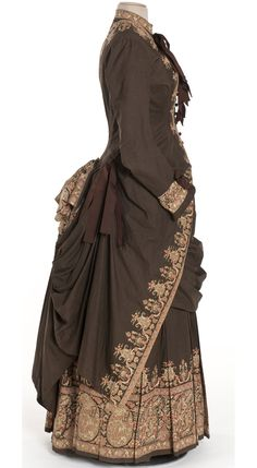 Robes en deux parties, France, vers 1885 Percale imprimée à disposition, ruban de soie  Achat 1995