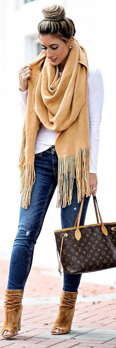 How To Style 15 Stunning New Years/Winter Outfits To Inspire You https://ecstasymodels.blog/2018/01/01/style-15-stunning-new-years-winter-outfits-inspire/