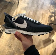 127a4922a63 19 Best Sneakers images in 2019