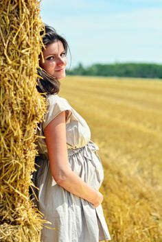 Barbara Maternity Photography • photo by Dalocska - United Photographers • #maternity #wheatfield #expectant #pregnant #motherhood #photography Photography Photos, Maternity Photography, Photographers, The Unit, Fashion, Moda, Fashion Styles, Maternity Photos
